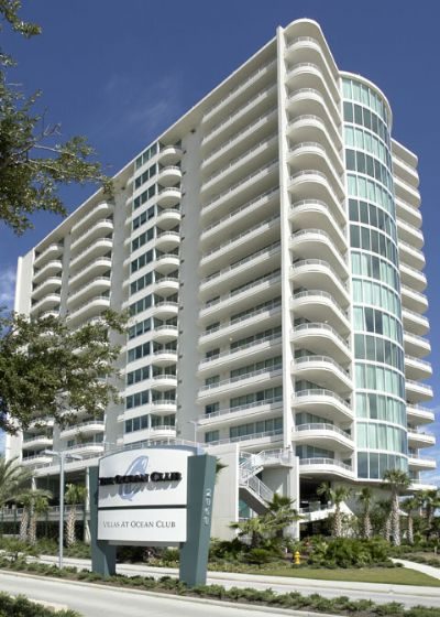 Ocean Club 201 is located in a high quality condo resort