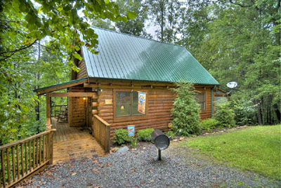 secluded gatlinburg log cabin great reviews views great location