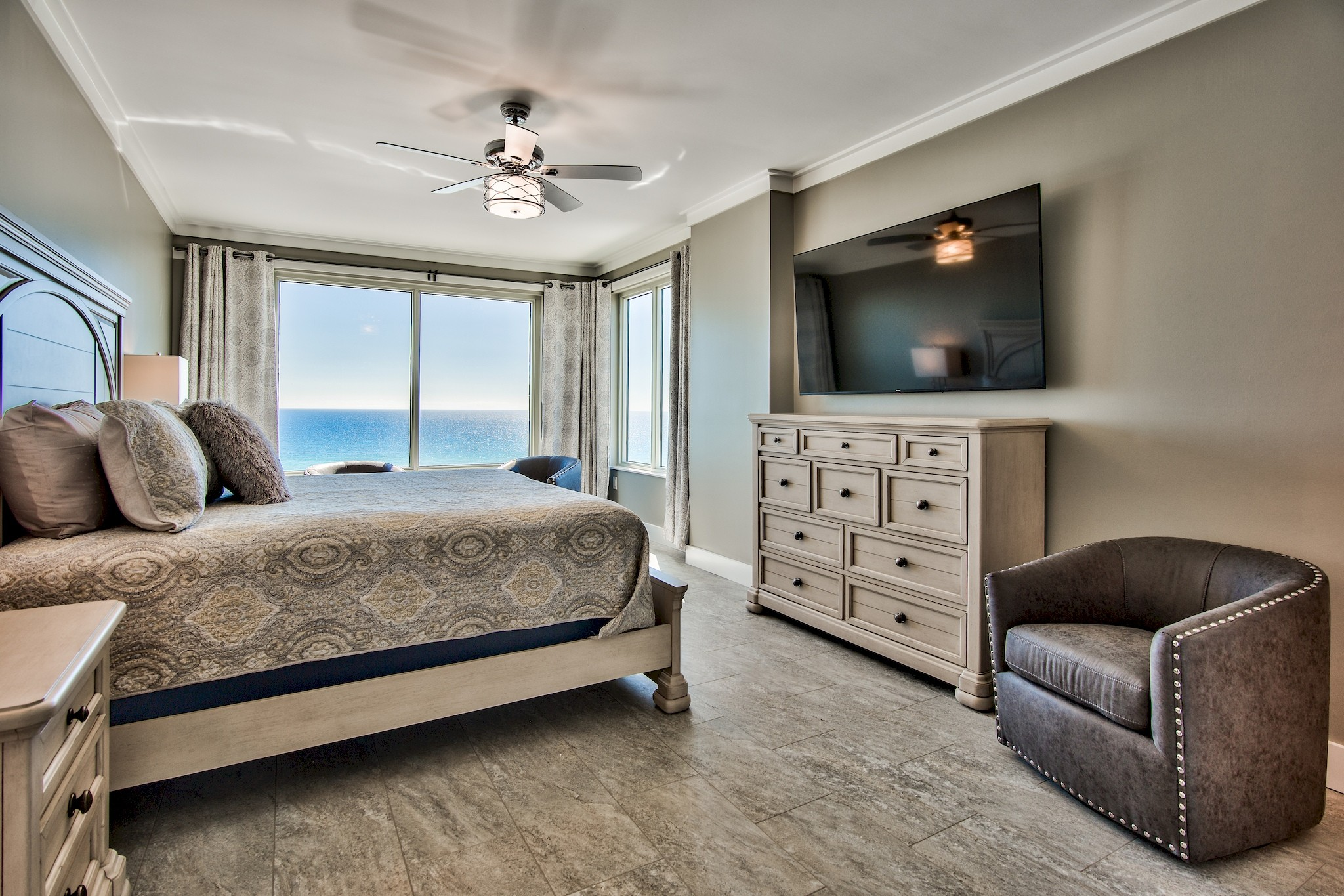 2nd King Master Suite with 60