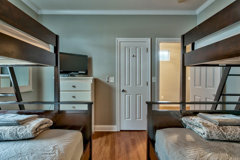 Bedroom # 3 - 2nd Flr, 2 Bunks, twins over fulls, flat screen & dvd