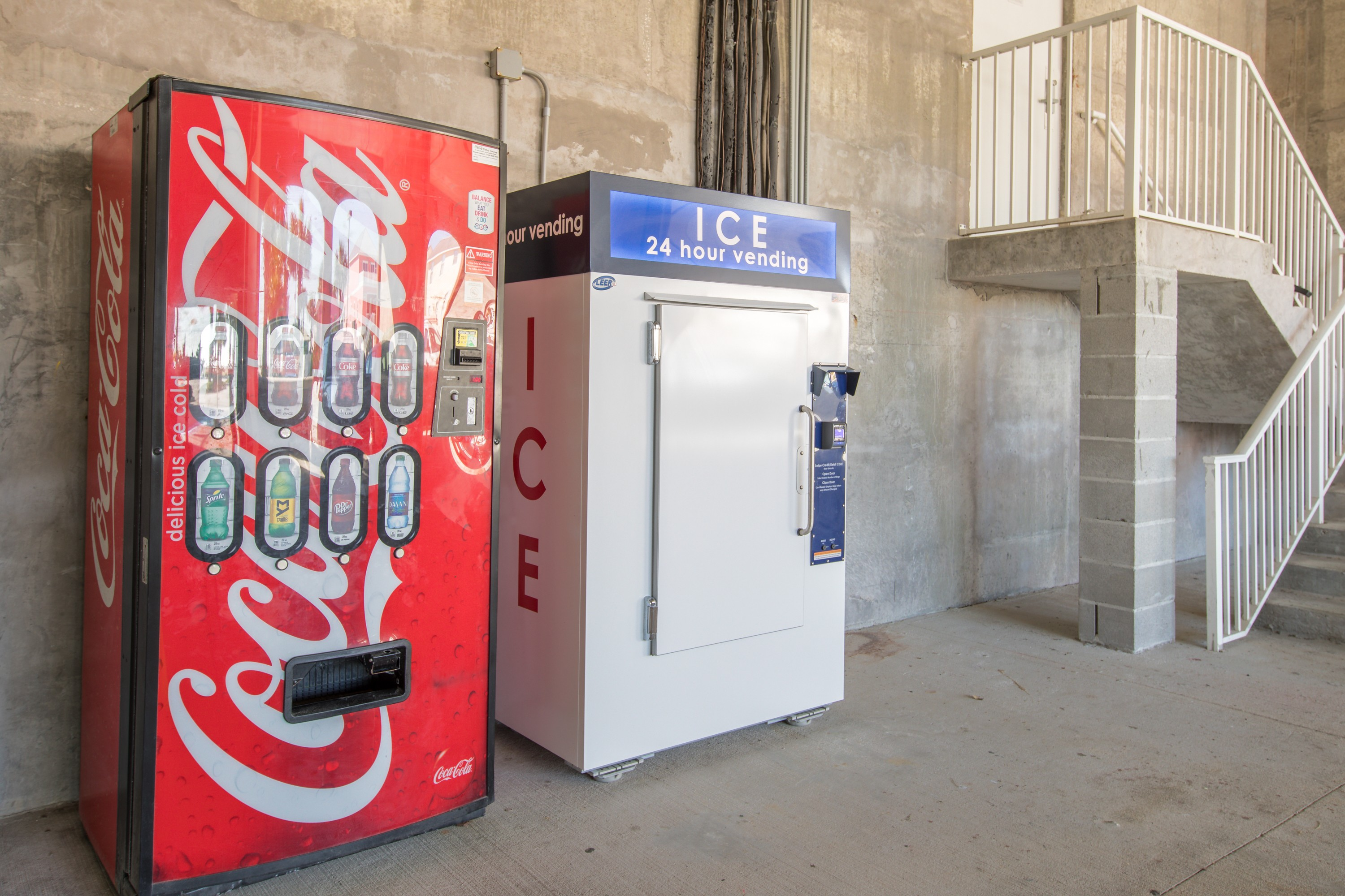 Ice & soda machine - located on the main floor near the elevators.