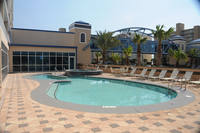 Outdoor Pool/Spa Area (Building Side)